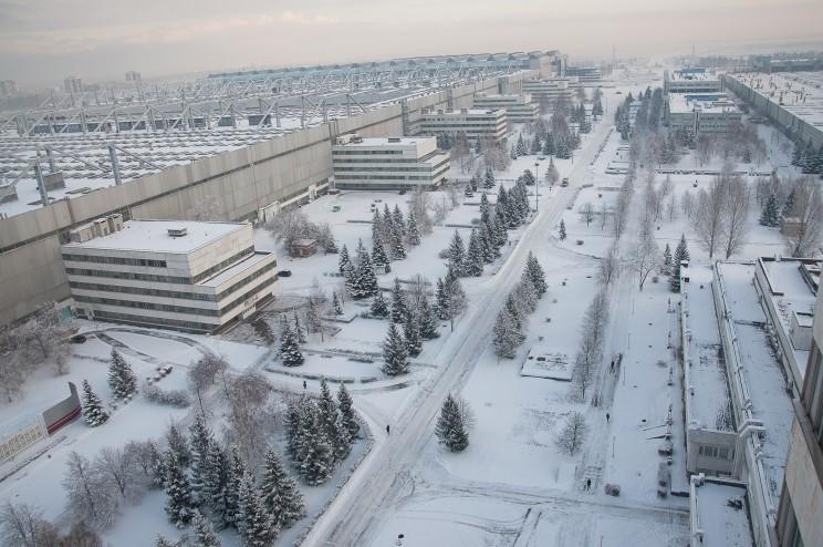 Общий вид части корпусов и территории УАПК (ныне ЗАО «Авиастар-СП»). 2013 г. Из фотоархива пресс-центра ЗАО «Авиастар-СП».