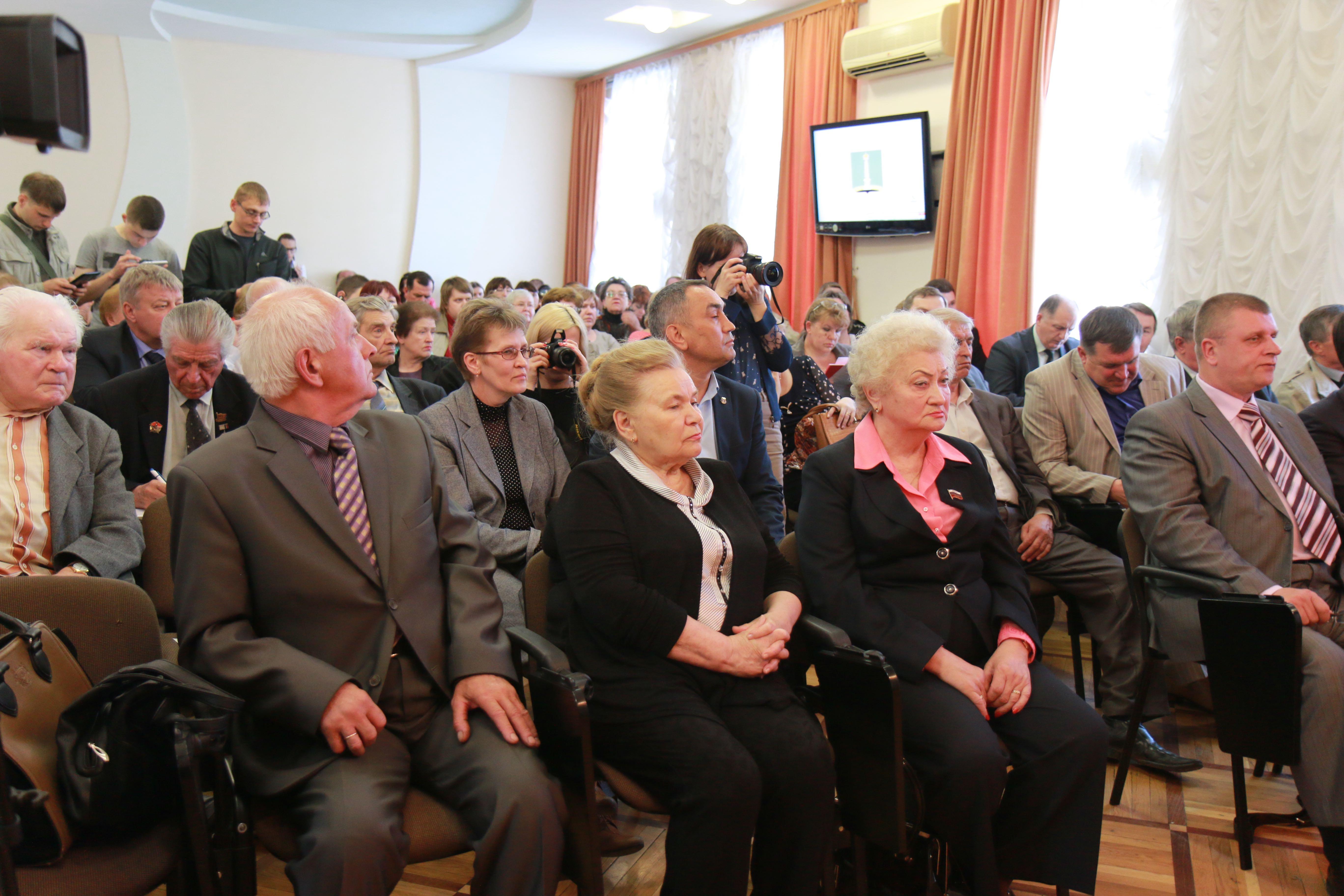 Добавили праздник: в Ульяновске прошли общественные слушания о переносе Дня города на сентябрь