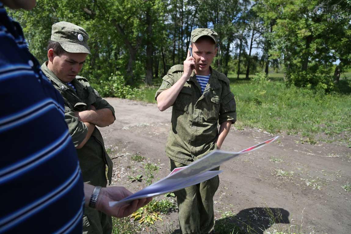 Военнослужащие 31-ой бригады ВДВ помогали искать фрагменты памятника