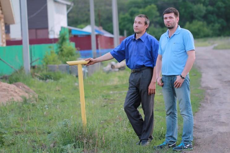 Ильдар Мусалямов и Александр Муравьев, жители улицы Лесной.