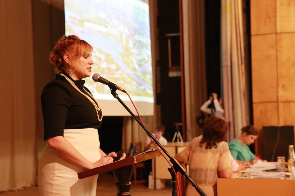 Руководитель отдела PR, аналитики и связи с населением DARS Development Елена Домашевская