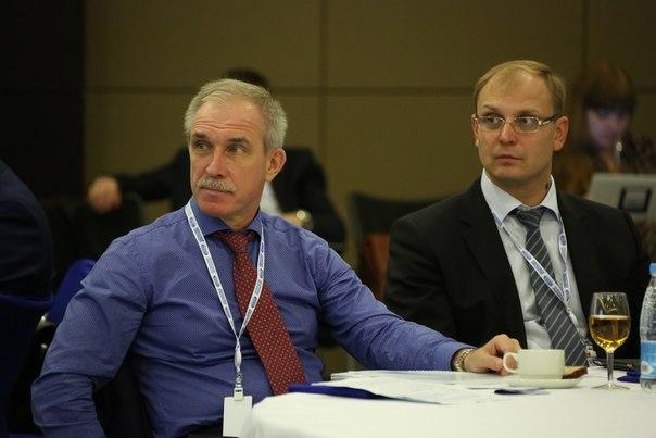 Губернатор Ульяновской области Сергей Морозов (слева) и председатель регионального правительства Александр Смекалин (справа).