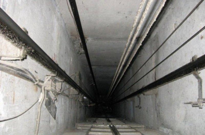 РГ: В Ульяновске сорвался лифт с врачами «скорой» и пациенткой