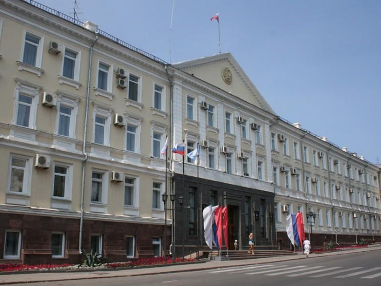Здание мэрии Ульяновска. Здесь же размещается Ульяновская городская дума