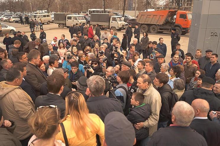 сход против строительства пионер парка 13 апреля