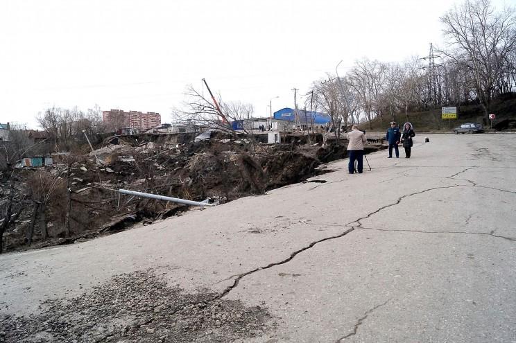 Фото оползня, Кременицкий, 7 апреля 2016-12
