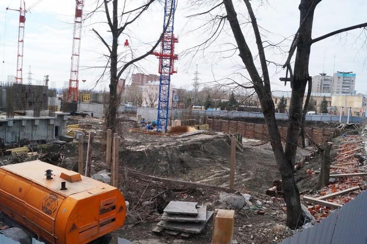 Стройка пионер парк, Кременицкий, 7 апреля 2016-5