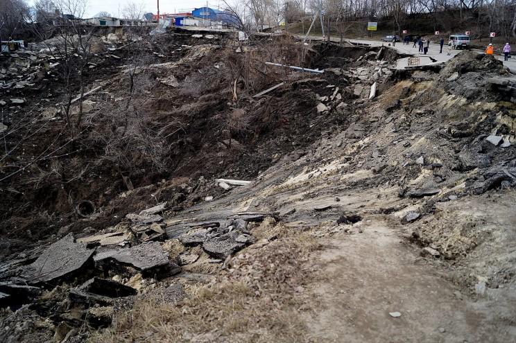 Фото оползня, Кременицкий, 7 апреля 2016-8