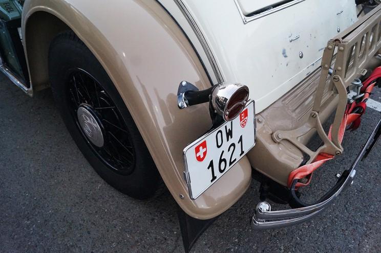 Каждая деталь старого автомобиля - произведение искусства
