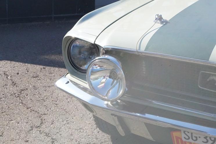 Ford Mustang: сила и мощь