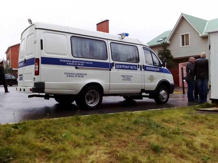 Кандидату в губернаторы Ульяновской области Алексею Куринному изуродовали автомобиль (4)