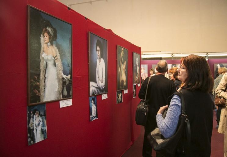 В Ульяновске открылась фотовыставка Екатерины Рождественской 5