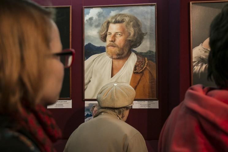 В Ульяновске открылась фотовыставка Екатерины Рождественской 7