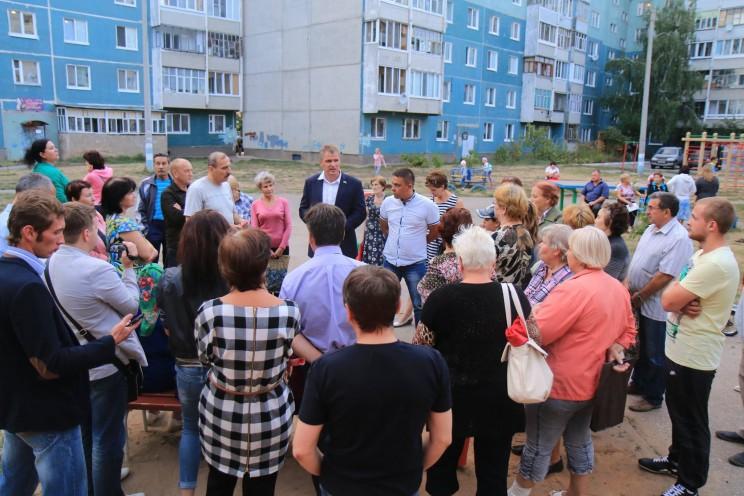 Алексей Куринный и избиратели