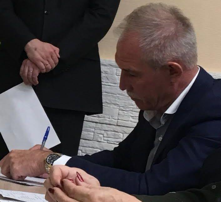 Губернатор Ульяновской области и его наручный часы
