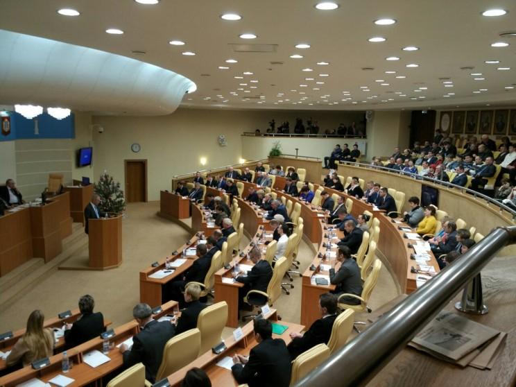 Губернатор Сергей Морозов поблагодарил депутатов Законодательного Собрания Ульяновской области за продуктивную работу в 2016 году