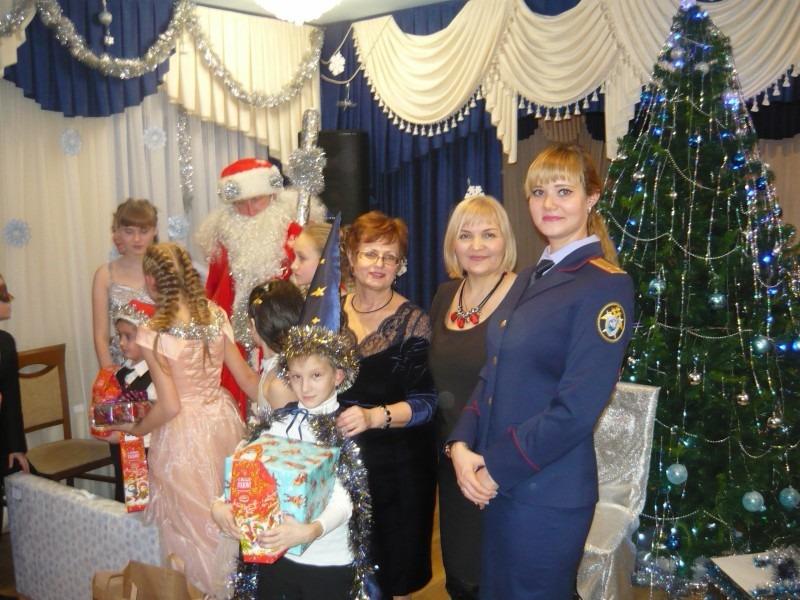 Сотрудники Следственного комитета по Ульяновской области поздравили воспитанников «Дома детства»
