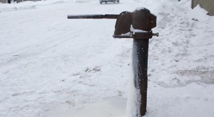 вода зима