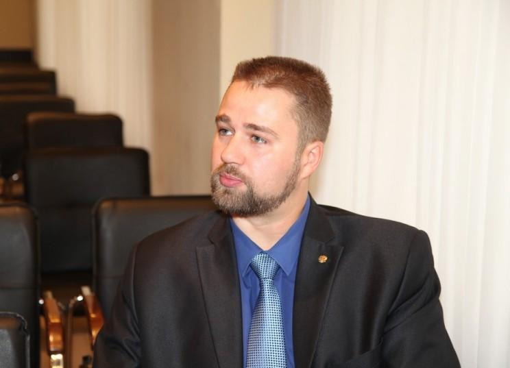 Дмитрий Натариус.