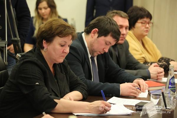 Нина Сидоранова, экс-директор фонда модернизации ЖКК Ульяновской области. Ныне - заместитель.
