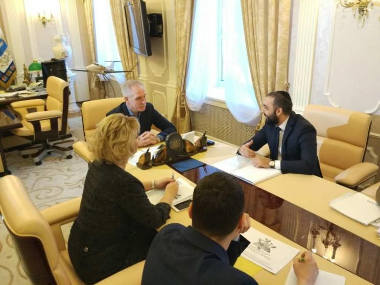 Сергей Морозов проводит встречу с Игорем Дабакаровым