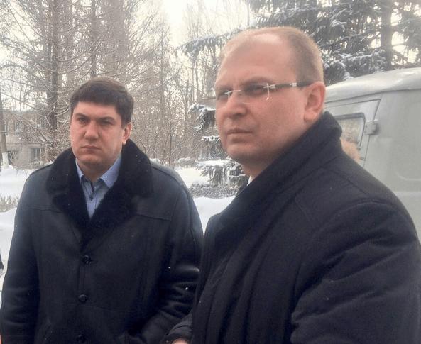 Министр здравоохранения Ульяновской области Павел Дегтярь (слева) и председатель правительства Александр Смекалин (справа).
