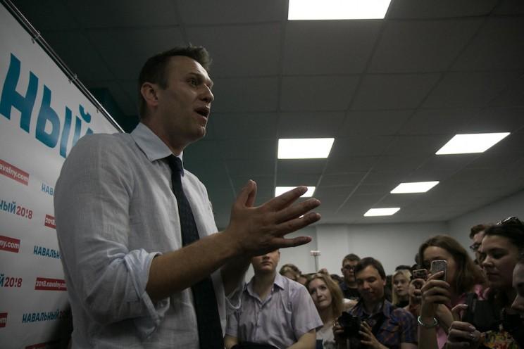 Алексей Навальный открыл штаб в Ульяновске 37