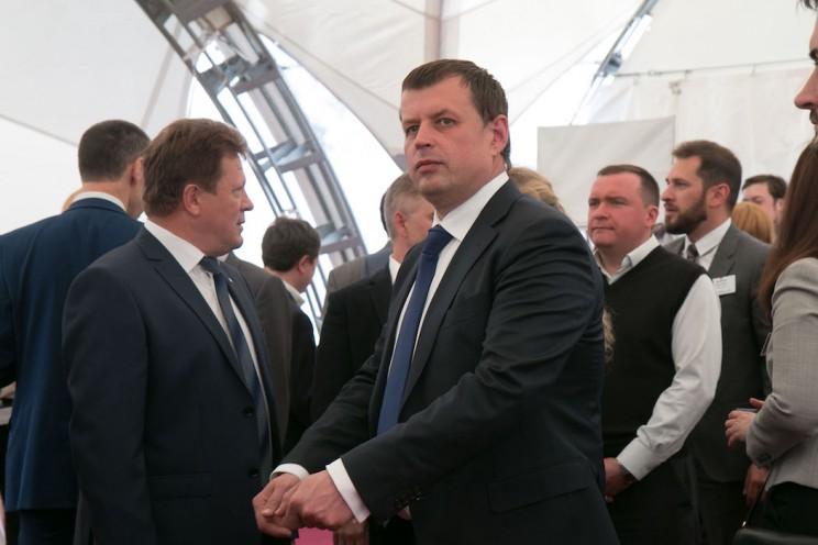 Алексей Гаев, глава администрации Ульяновска (в центре).