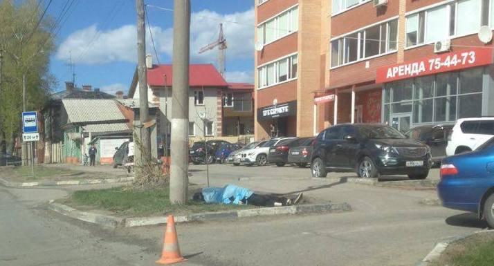 Трагедия в центре Ульяновска: водитель скончался за рулем автомобиля