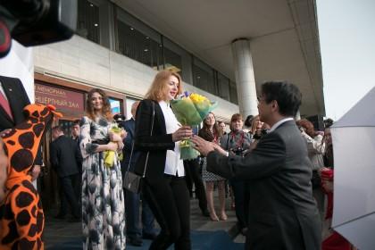 Елена Морозова и посол Японии в России Тоёхиса Кодзуки