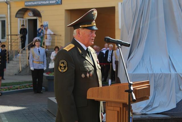 В центре Ульяновска открыли мемориальный комплекс «На страже правопорядка» 7