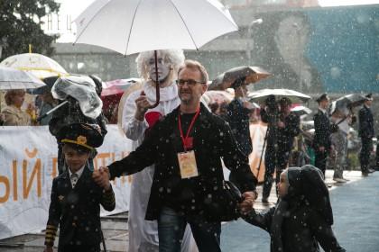 Член жюри кинофестиваля, артист Ульяновского театра кукол Андрей Козлов