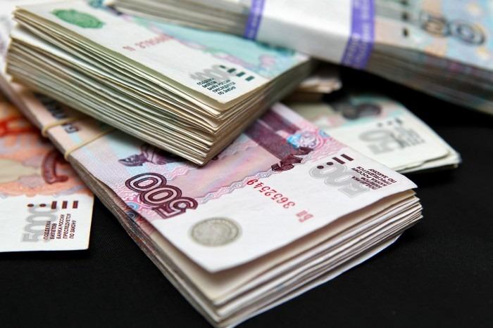 Минтруд России назвал виды деятельности с самой высокой и низкой зарплатой