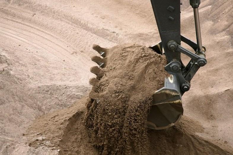 В Сурском районе незаконно добывали песок для ремонта дорог