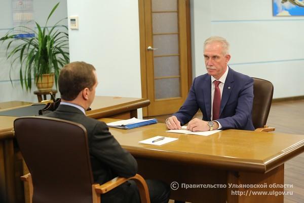 7 июня Дмитрий Медведев провел встречу с Губернатором Сергеем Морозовым на территории АО «Авиастар-СП» - 2