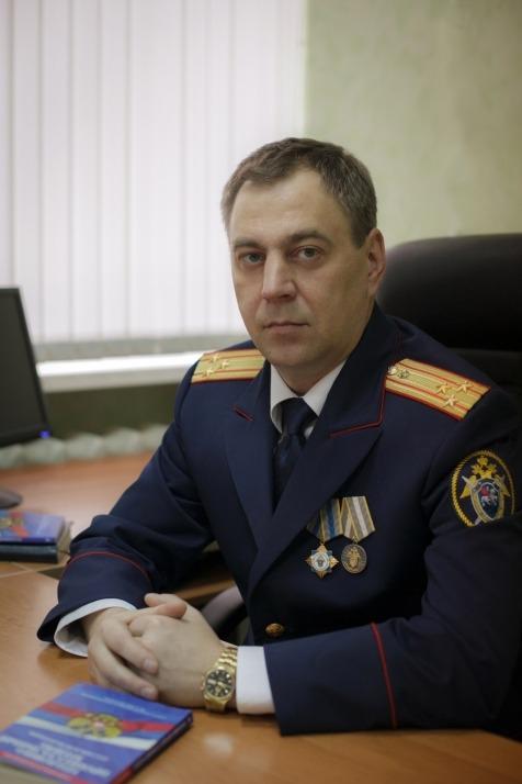 Исполняющий обязанности руководителя СУ СК по Ульяновской области, полковник юстиции Виноградов Алексей Викторович.
