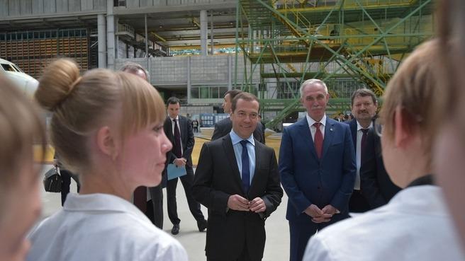 Дмитрий Медведев провел в Ульяновске совещание о поддержке авиационной промышленности России - 5