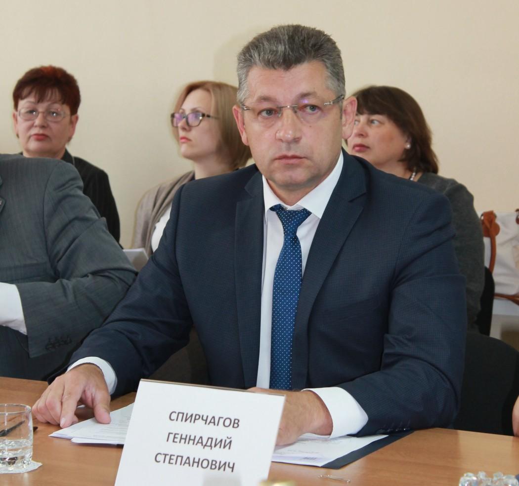 Геннадий Спирчагов рассказал о растущем количестве откровенных распилов бюджетных денег