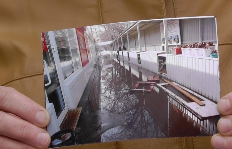 """Как выглядит торговый коридор """"Урожай"""" на ул. Рябикова, 80 весной."""
