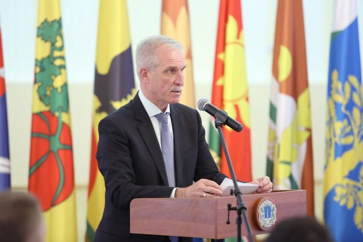 Сергей Морозов на встрече с членами палаты 5-го и 6-го созывов, членами Совета по развитию гражданского общества.