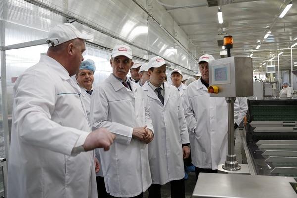 Сергей Морозов посещает фабрику Глобус, 2014 - 2