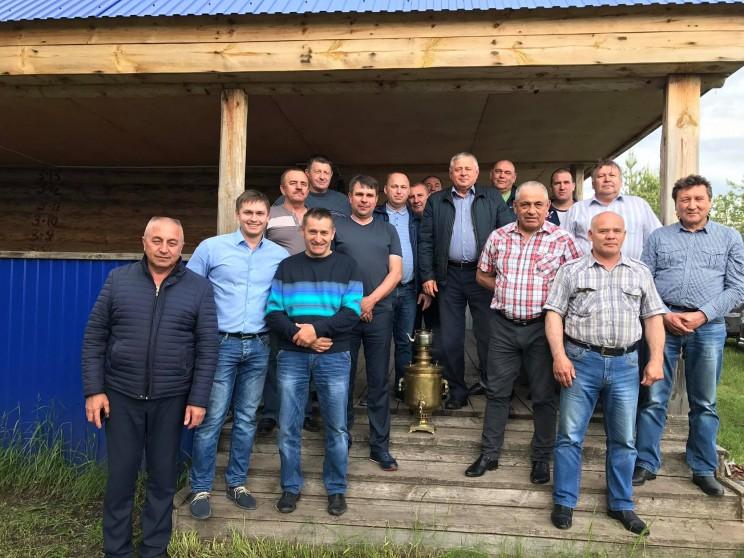 Собрание фермеров, решивших создать новую ассоциацию, 8 июня 2017 года.