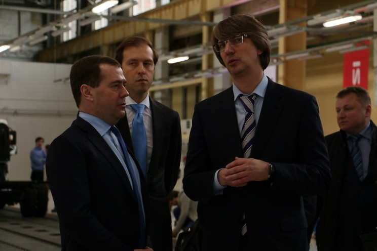 В 2014 году Медведев открыл производство Исузу в Ульяновске - 4