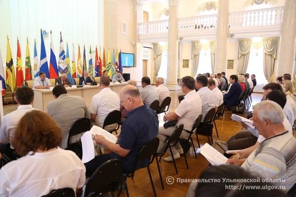 Совещание по вопросам создания региональной системы защиты прав потребителей и комфортной среды проживания граждан Ульяновской области, 17 июля 2017 года.