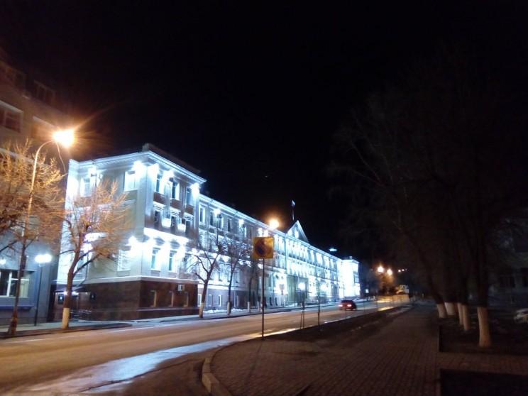 Администрация Ульяновска в ночное время