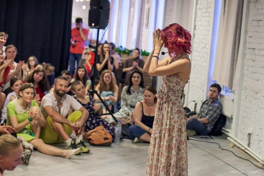 Видеоролики русской сельской жизни занимающихся в семье сексом