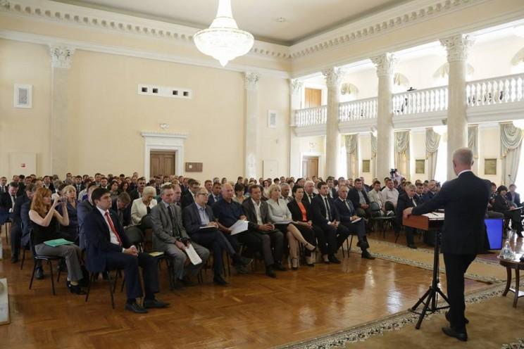 14 сентября 2017 Морозов говорит о том, что цементному заводу быть