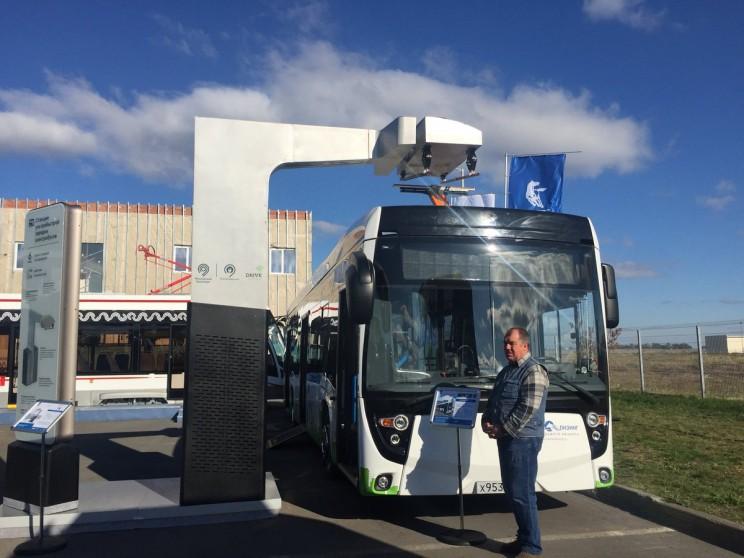 Путину в Ульяновске показали электробусы, которые будут ходить в Москве 1