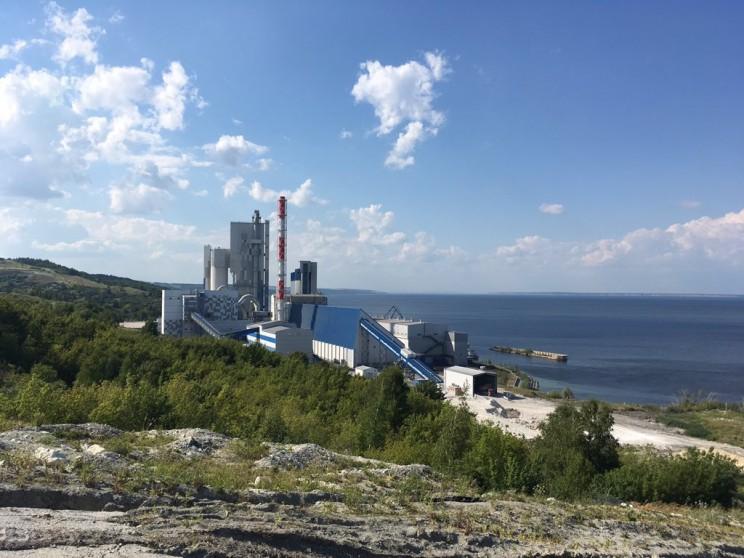 цементный завод Сенгилей