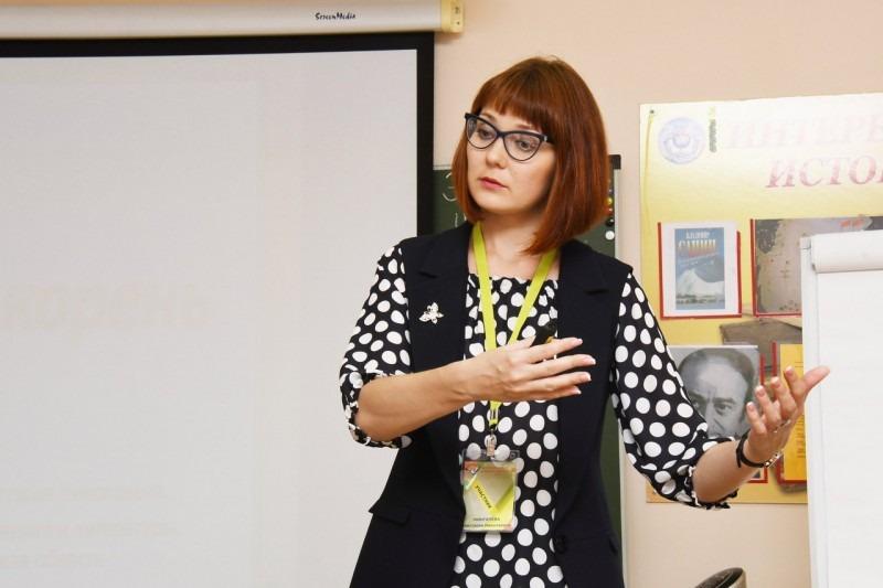 Преподаватель из Димитровграда Анастасия Мингачева вошла в число 15 лучших педагогов страны